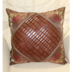 Sofa Cushion with Wooden Designs 50x50F